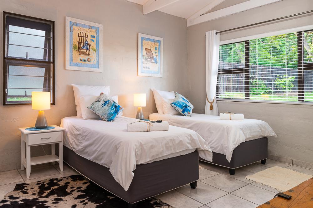 Kingfisher-Lakeside-Retreat-KZN-Glamping-Luxury-Cottage-Accommodation-Beach-Fun-Family-Relax-Outdoors